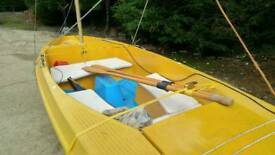 Sailing boat Skipper with Mercury outboard, trailer