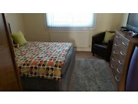 Two bed, immaculate and spacious top floor flat available for rent from 29 June 2017, £450 pcm