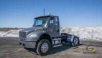 2006 Freightliner M2106 DAY CAB