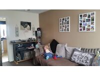 2bed long stratton wanting three bed