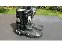 Sidi Vertebra motorcycle boots size 11