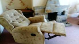 2 chair suite recliner