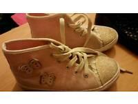 8 pairs girls footwear size 13