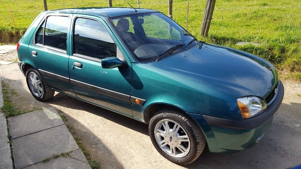 ford fiesta 2001 low mileage in saltash cornwall gumtree. Black Bedroom Furniture Sets. Home Design Ideas