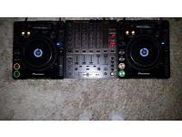 2 x Pioneer CDJ 1000 Mk2s + DJM 600 Mixer