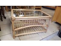 Cream Wicker Coffee Table with Glass Top In Excellent Condition