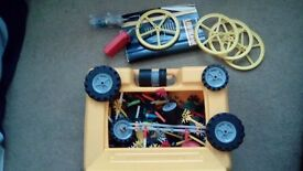 knex launcher with motor been steam cleaned with box many extra pieces £15