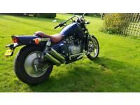 Custom cruiser motorcycle