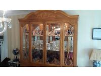 Top Quality Display Cabinet Stunning Solid Wood Maple with lights & mirrored back