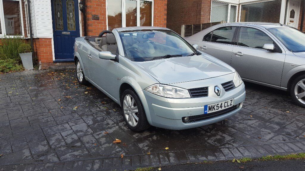 Convertible Megane, 11 month MOT, Roof all working, Recent timing belt, colour coded Bumpers