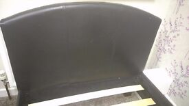 GOOD CONDITION BLACK SINGLE LEATHER BED