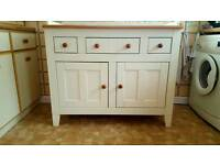 Changing table cabinet
