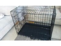 Dog crate L - 30 x W - 21 x H - 24inch. Great condition