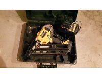 DEWALT 18V Lithium Ion 5.0Ah £450