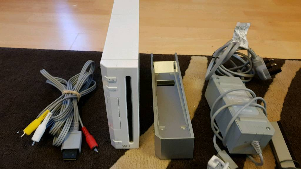Wii console and controllers etc
