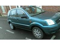 Ford Fusion 04 1.4 Mot full low milage cheap family car