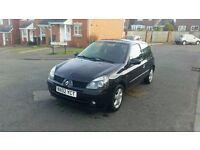 2002 renault clio 1.2 dynamique top spec cheap insurance pretty little car