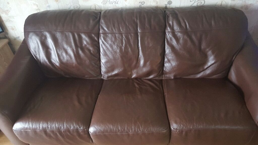 Leather sofa 3 seater and a 2