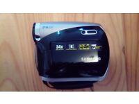 Samsung VP-D381/XEU MiniDV Digital Video Camcorder