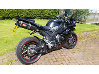 Yamaha R1 4C8 model with Yoshimura exhaust, Ohlins suspension and lots of other extras