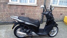 Honda sh 125cc scooter
