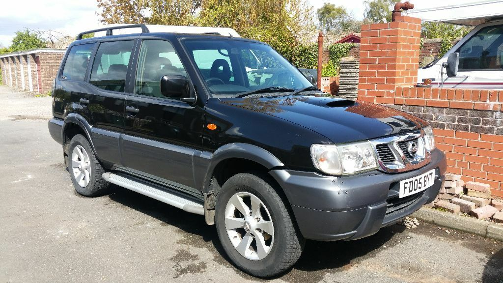 nissan terrano 2 tdi se 4x4 black 7 seater 2 7 turbo diesel 2005 in stainforth south. Black Bedroom Furniture Sets. Home Design Ideas
