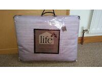 Silk bedspread. 220x180 cms. brand new
