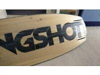 137 Slingshot Kine Wakeboard With size 8 RAD Bindings