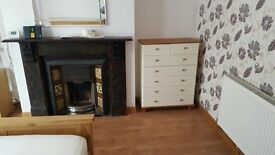 Single/Double rooms to let £60/£70 All bills INCLUDED