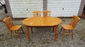 Pinewood Extendable Dining Table