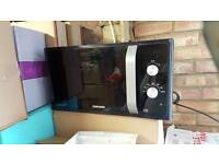Samsung Microwave in good working condition