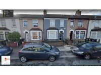 4/5 Bedroom House With 2 Sep Reception's and 2 Bathrooms Ready To Move in Barking, Essex Road (IG11)