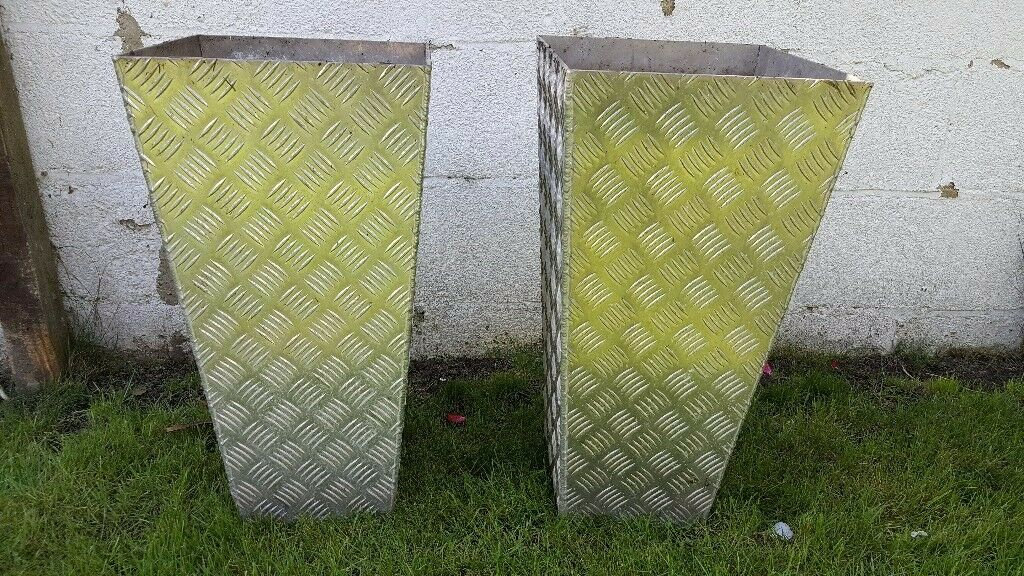 Pair of heavy duty galvanised planters
