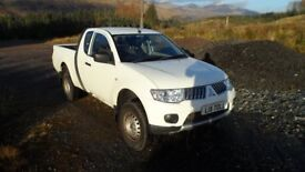 Mitsubishi L200 4Work Club Cab Di-D 4x4 - 1 owner from new - Service History - 50,400 miles -OFFERS
