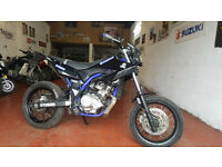 Yamaha WR 125 X supermoto