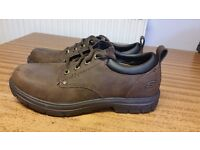 SKECHERS RELAXED FIT MEMORY FOAM GEL INFUSED MENS SHOES SIZE 8