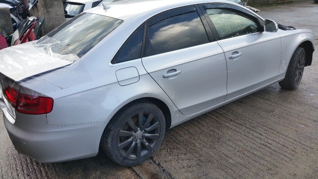 Audi A4 2.0 Tdi Se 2010 breaking for parts!