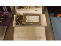 EXTERNAL HARD DRIVE SATA CONNECTION 250 GB