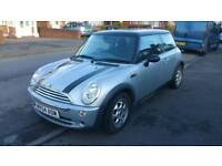 Mini Cooper 1.6 auto FSH lady owner