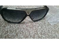Louis vuitton evidence sunglasses