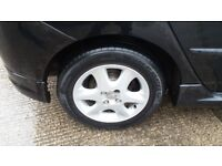 Toyota Corolla 16inch alloy wheels and tyres for sale £200