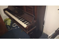 Piano in working condition