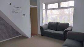 Fab 1 Bedroom Apartment with Large Office/Hobby Room and Garden
