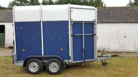 Ifor Williams HB505 Two horse trailer