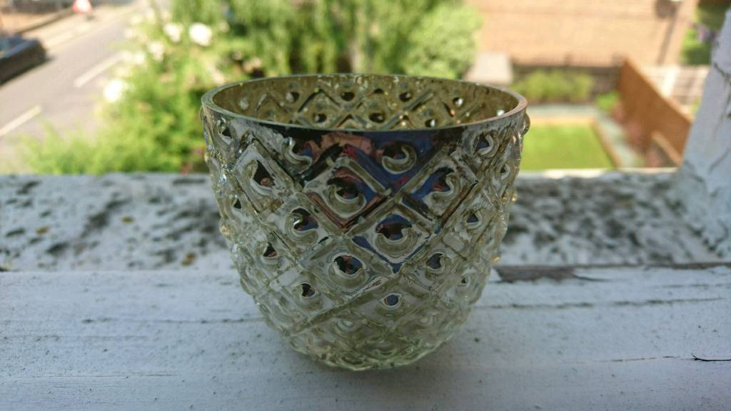 Tealight candle holders, 72 lovely, silver glass
