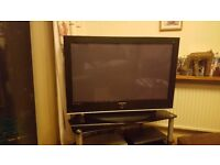 """SAMSUNG 42"""" LCD TV GOOD CONDITION FULLY WORKING"""