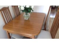 Lovely dining table not used anymore but in good condition