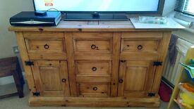 TV unit/dresser