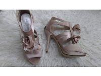 New lilac Debenhams heels size 6 £20 ONO