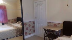 Fully refurbished double room to rent